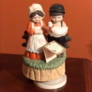 BRINNCO Hand Crafted Porcelain Musical